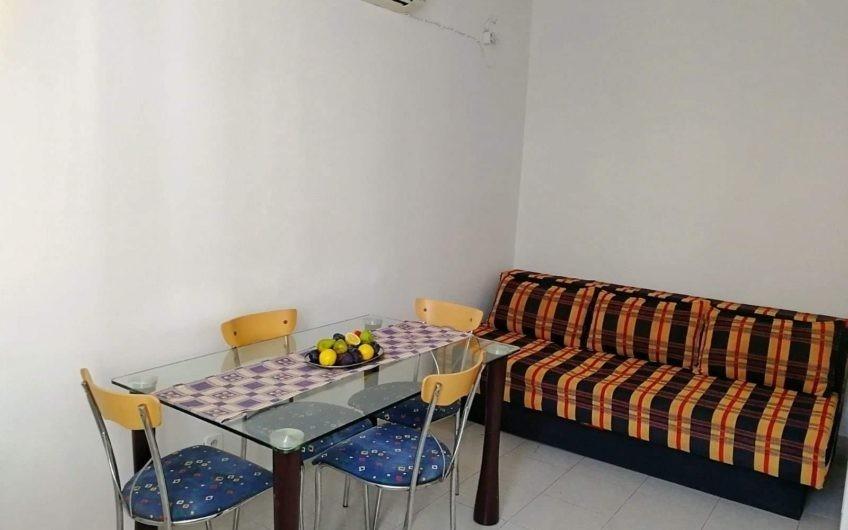 Недорогая квартира на Заобилазнице в Будве