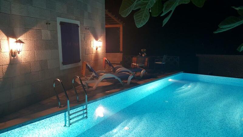 Вилла с бассейном в Близикуче, Будванская ривьера