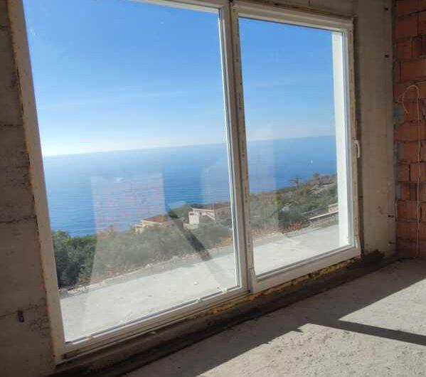 Новая вилла в Режевичах с панорамным видом на море