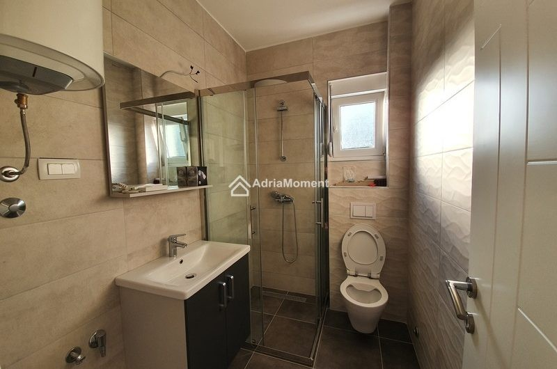Доступная цена. Новая видовая квартира в Тивате